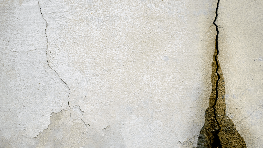 Image of a wet basement wall crack